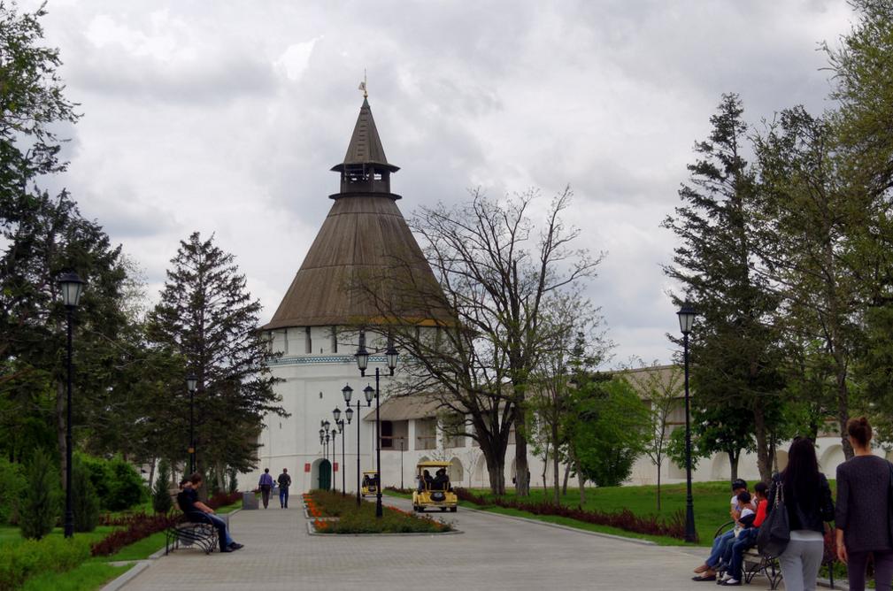 На территории Астраханского кремля