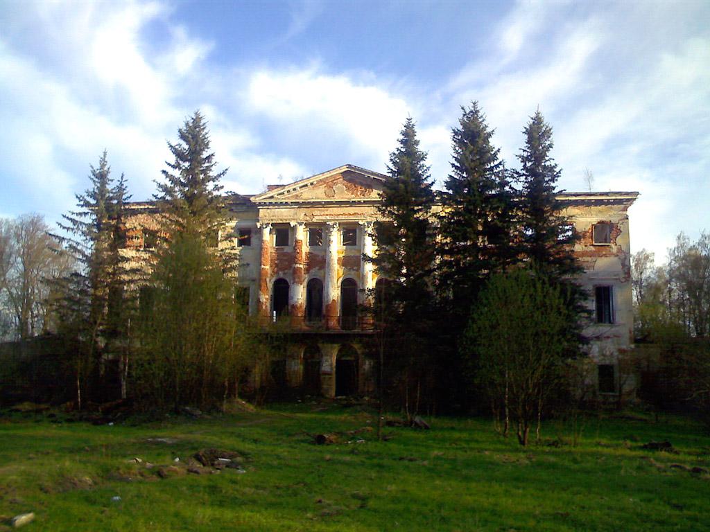 Гребнево, северный фасад дворца