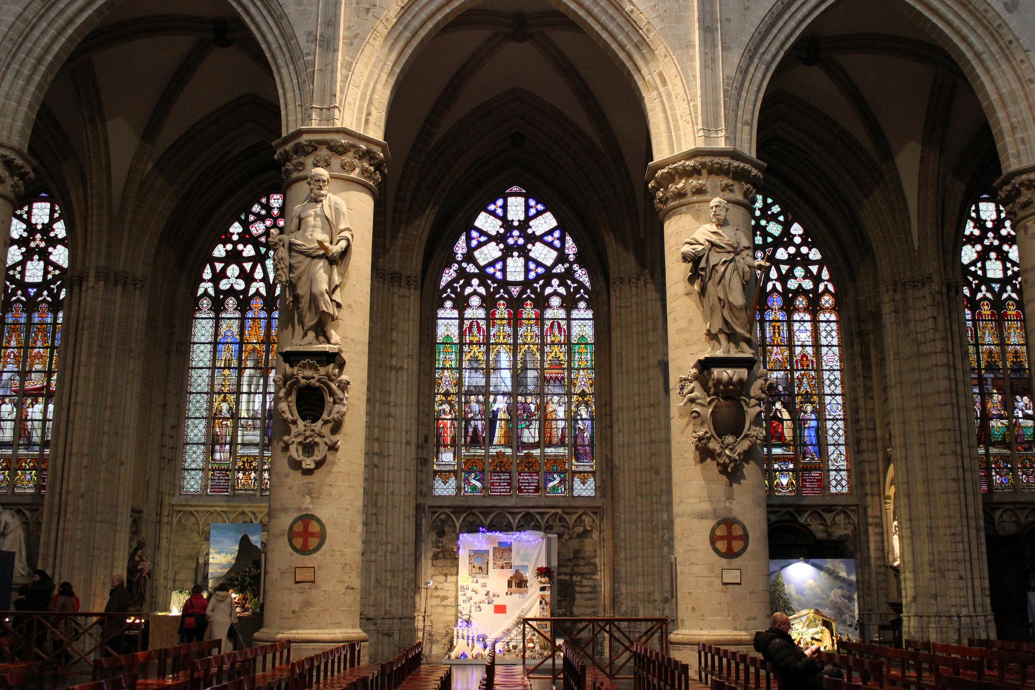 Собор Св. Михаила в Брюсселе, витражи Жана-Баптиста Капроньера