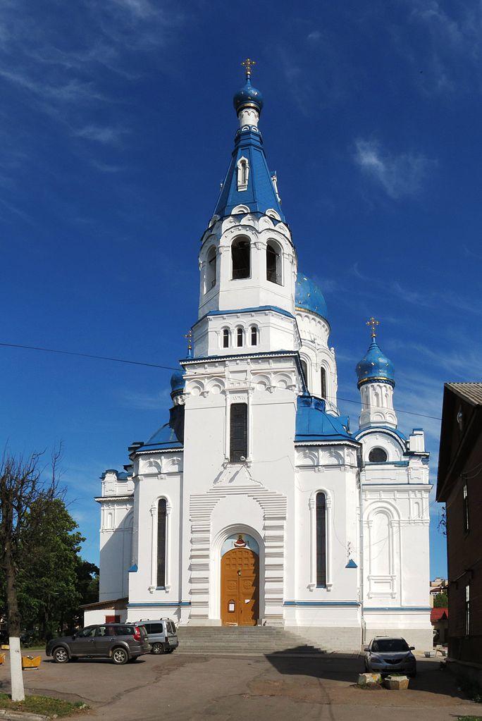 Покровский собор в Гатчине, вход