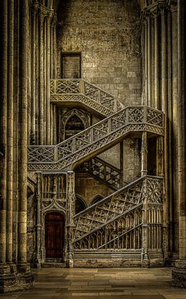 Руанский собор, лестница