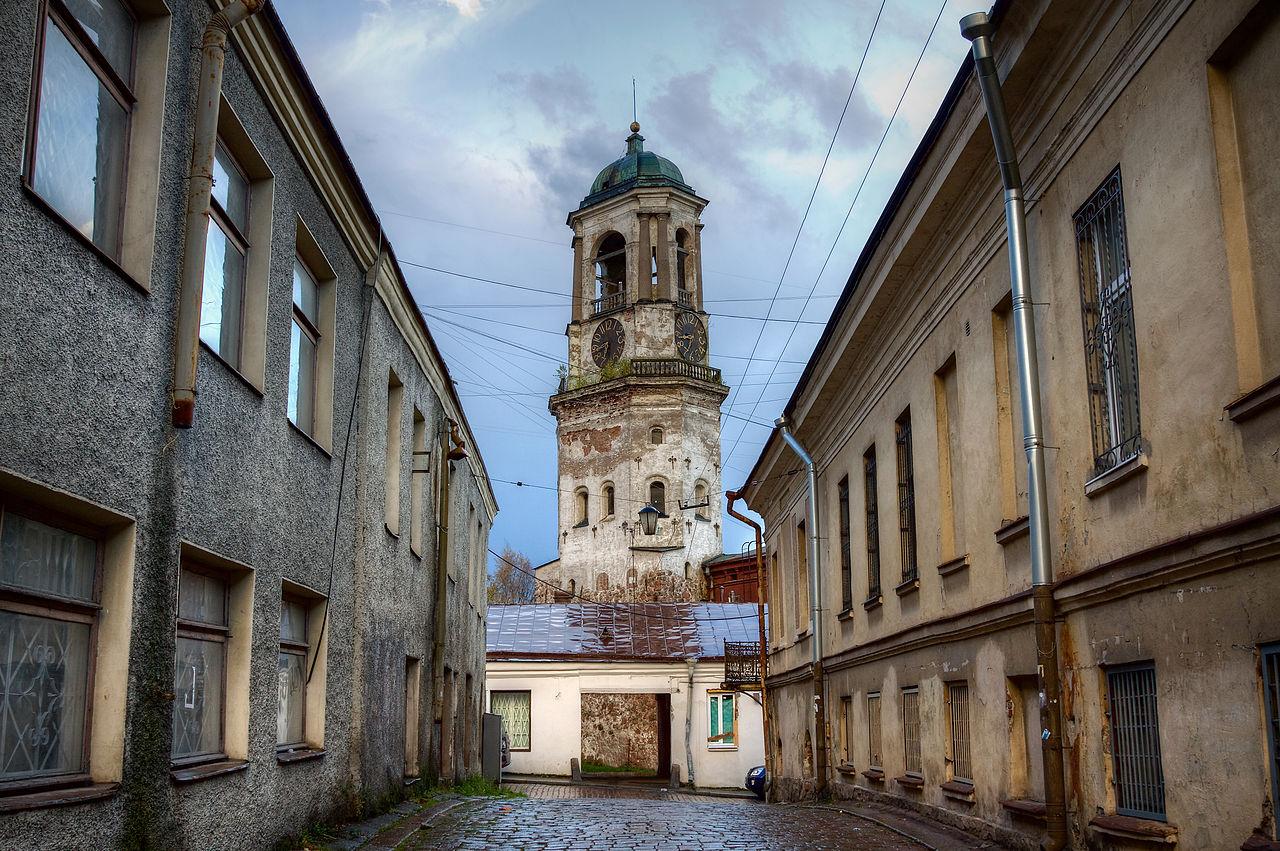Часовая башня Выборга, бывшая соборная колокольня