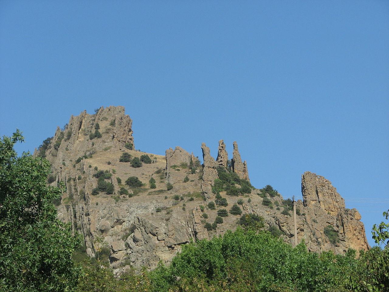 Карадагский заповедник, скалы Король и свита