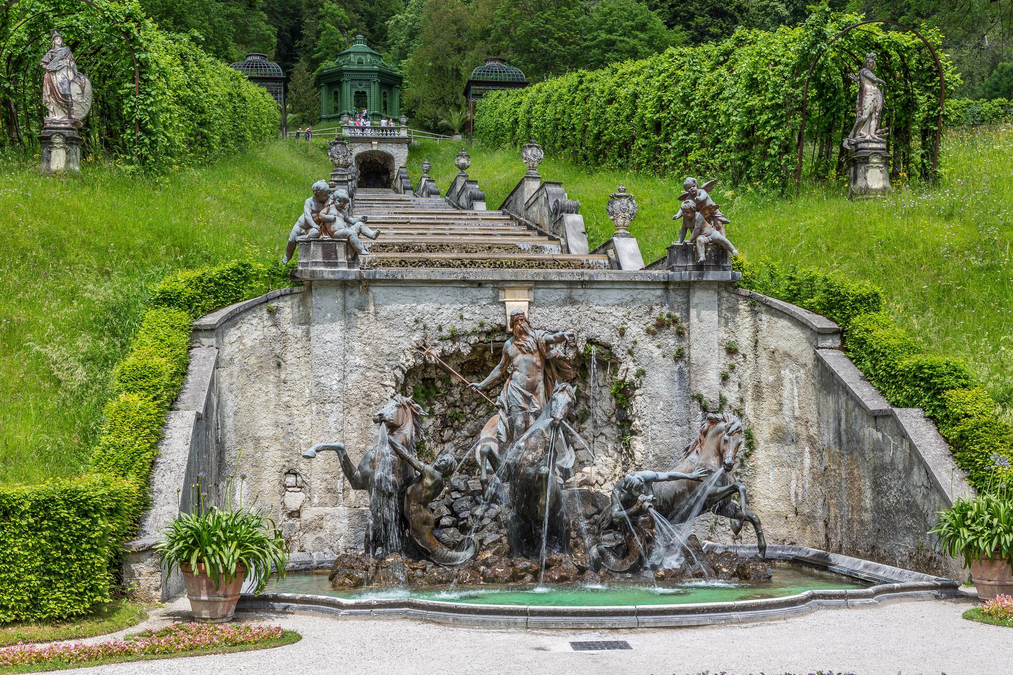 Парк замка Линдерхоф