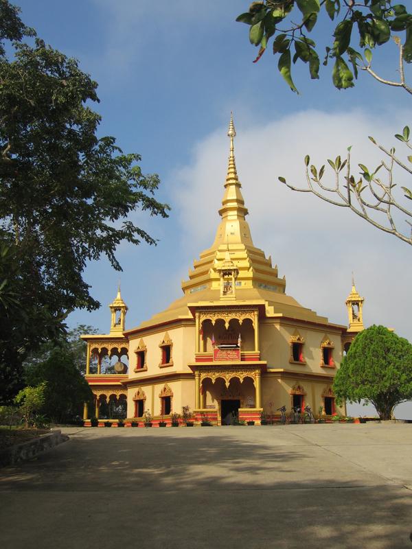 Женский монастырь в Лаосе