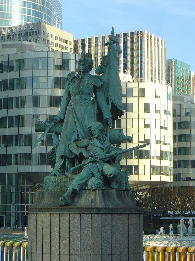 Дефанс, памятник La Defense de Paris