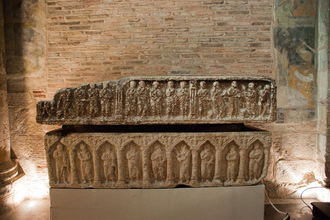 Базилика Сен-Сернен, саркофаг
