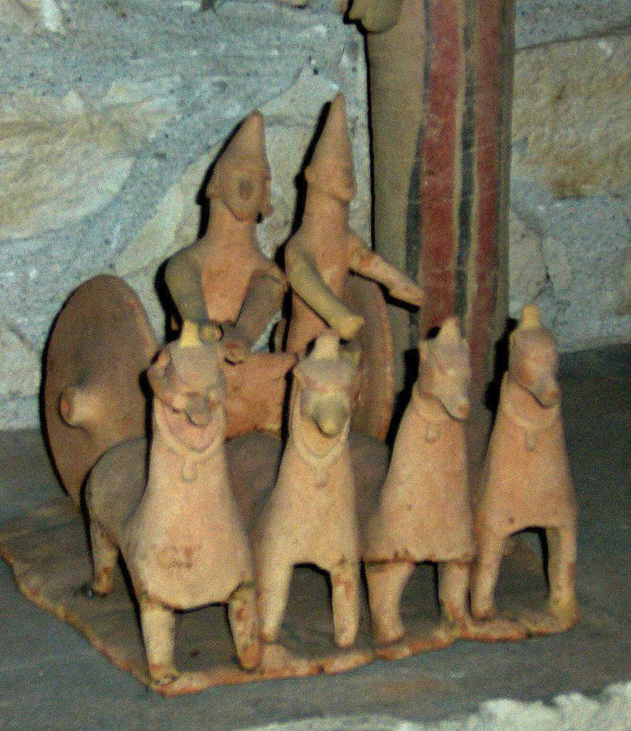 Кипрский археологический музей, терракотовые воины в колеснице
