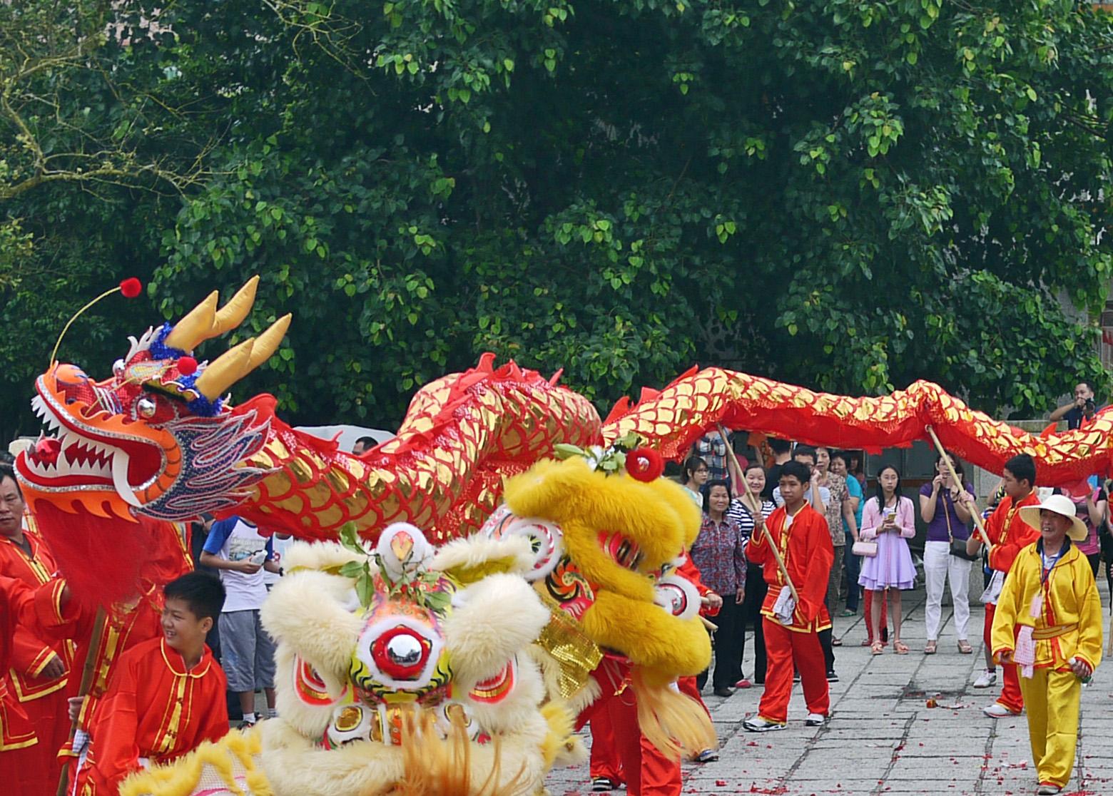 Фестиваль дракона в Китае
