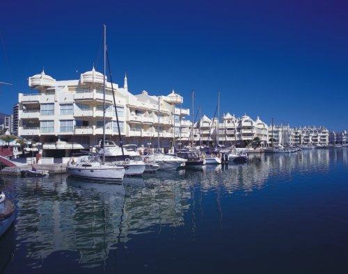 Puerto Marina - спортивный порт Беналмадены.jpg