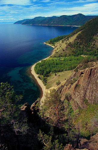Живописные берега Байкала.jpg