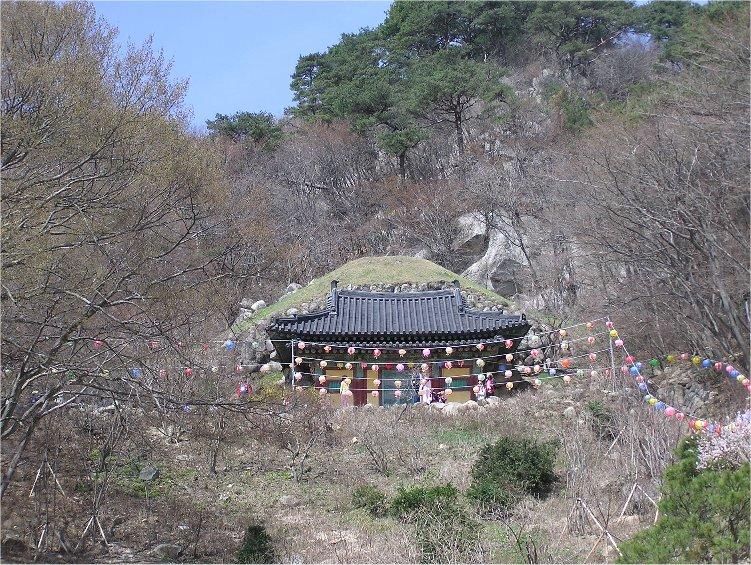 Пещерный храм Соккурам