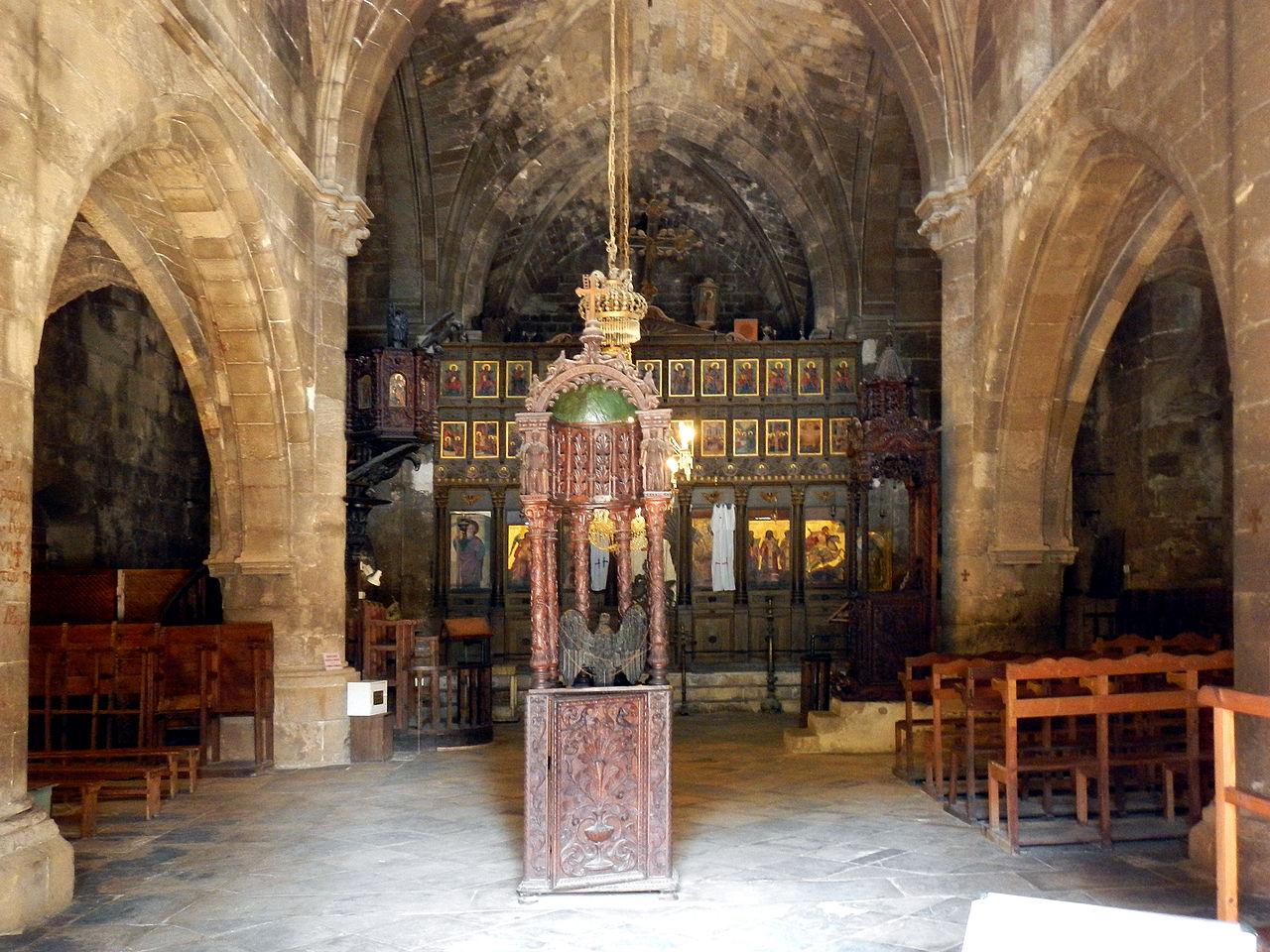 Аббатство Беллапаис, интерьер церкви