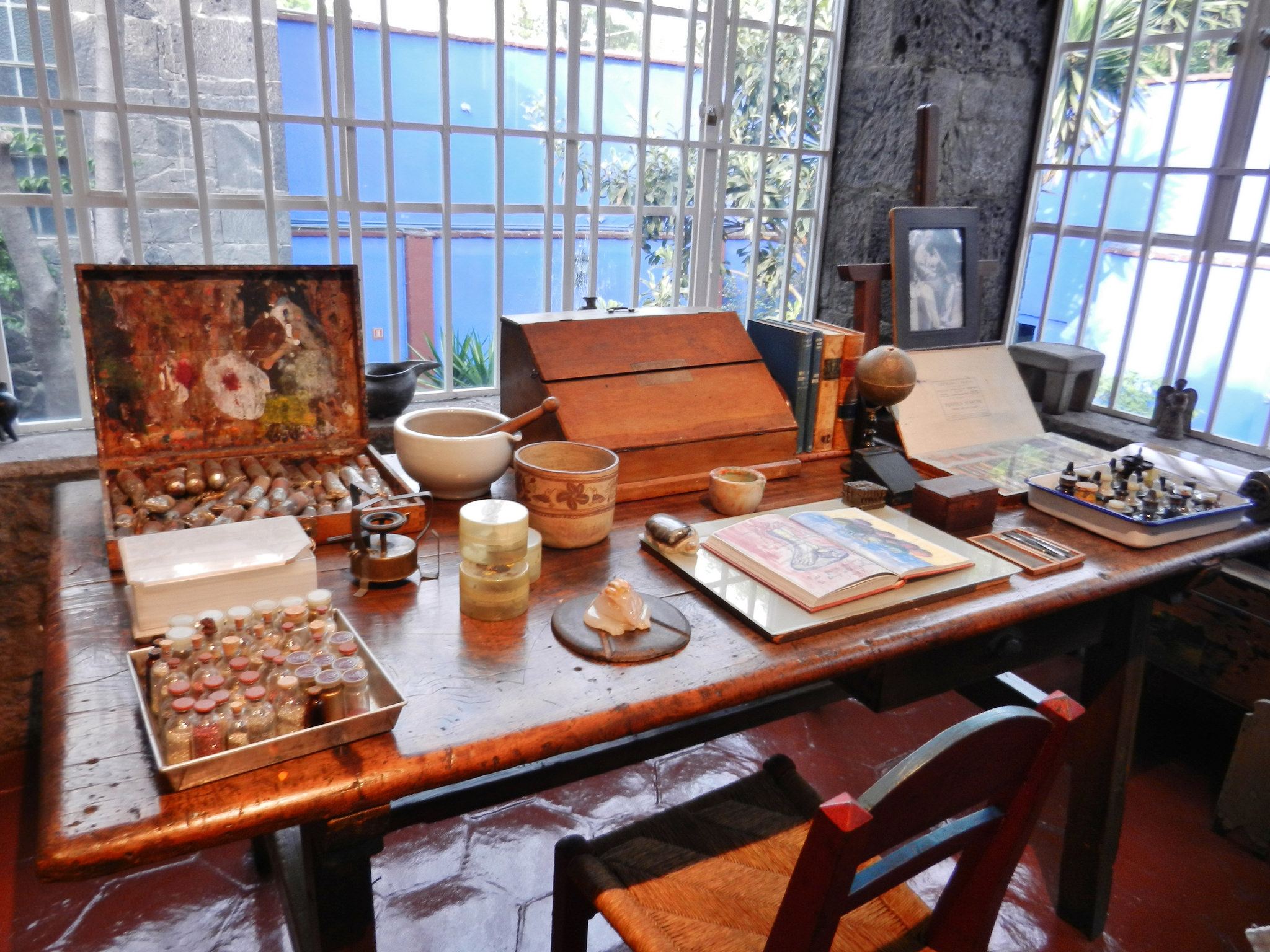 Дом-музей Фриды Кало, рабочий стол