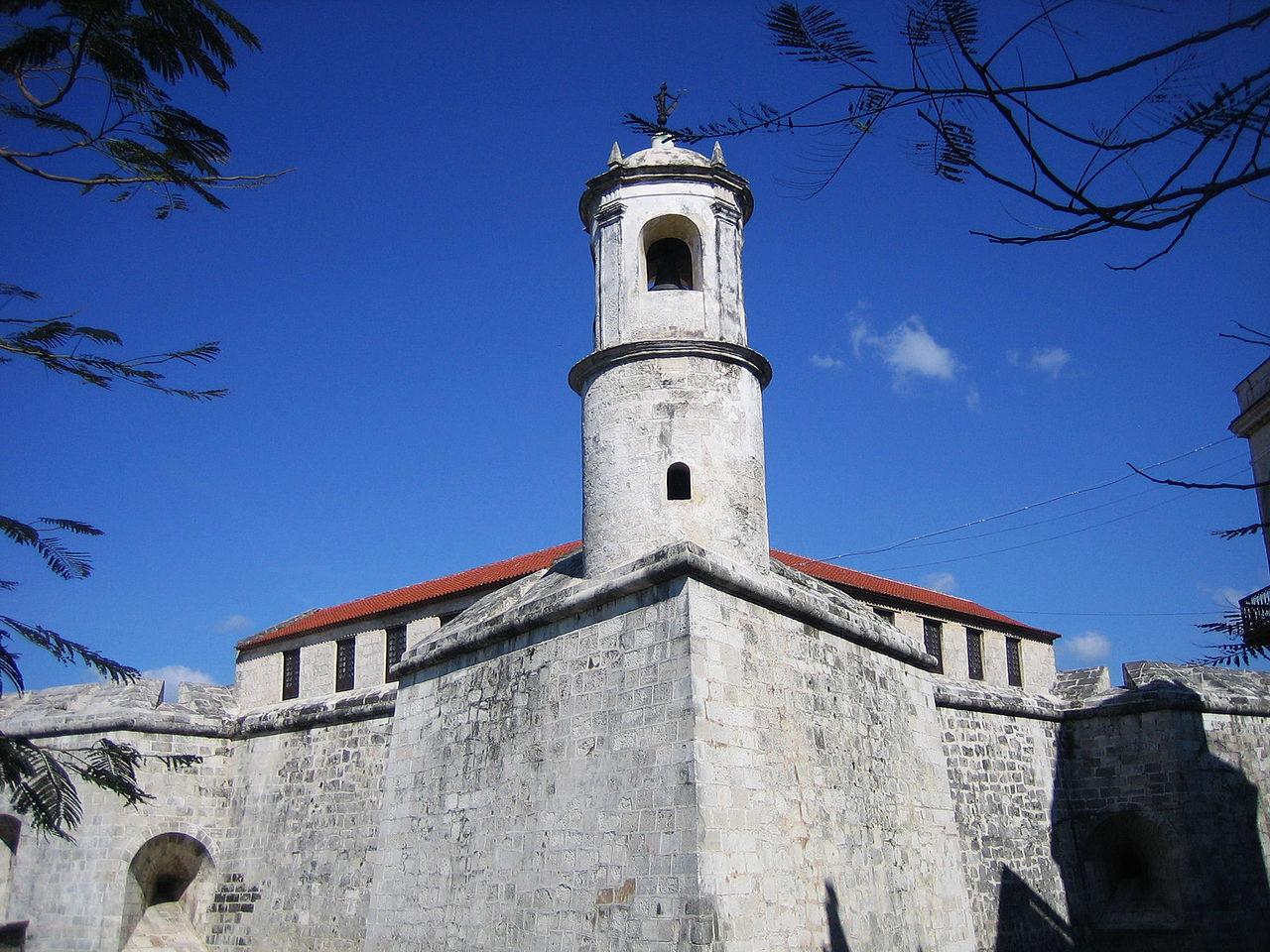 Крепость Ла-Реаль-Фуэрса, сторожевая башня