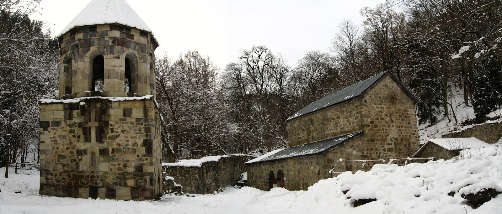 Зеленый монастырь в Боржоми зимой