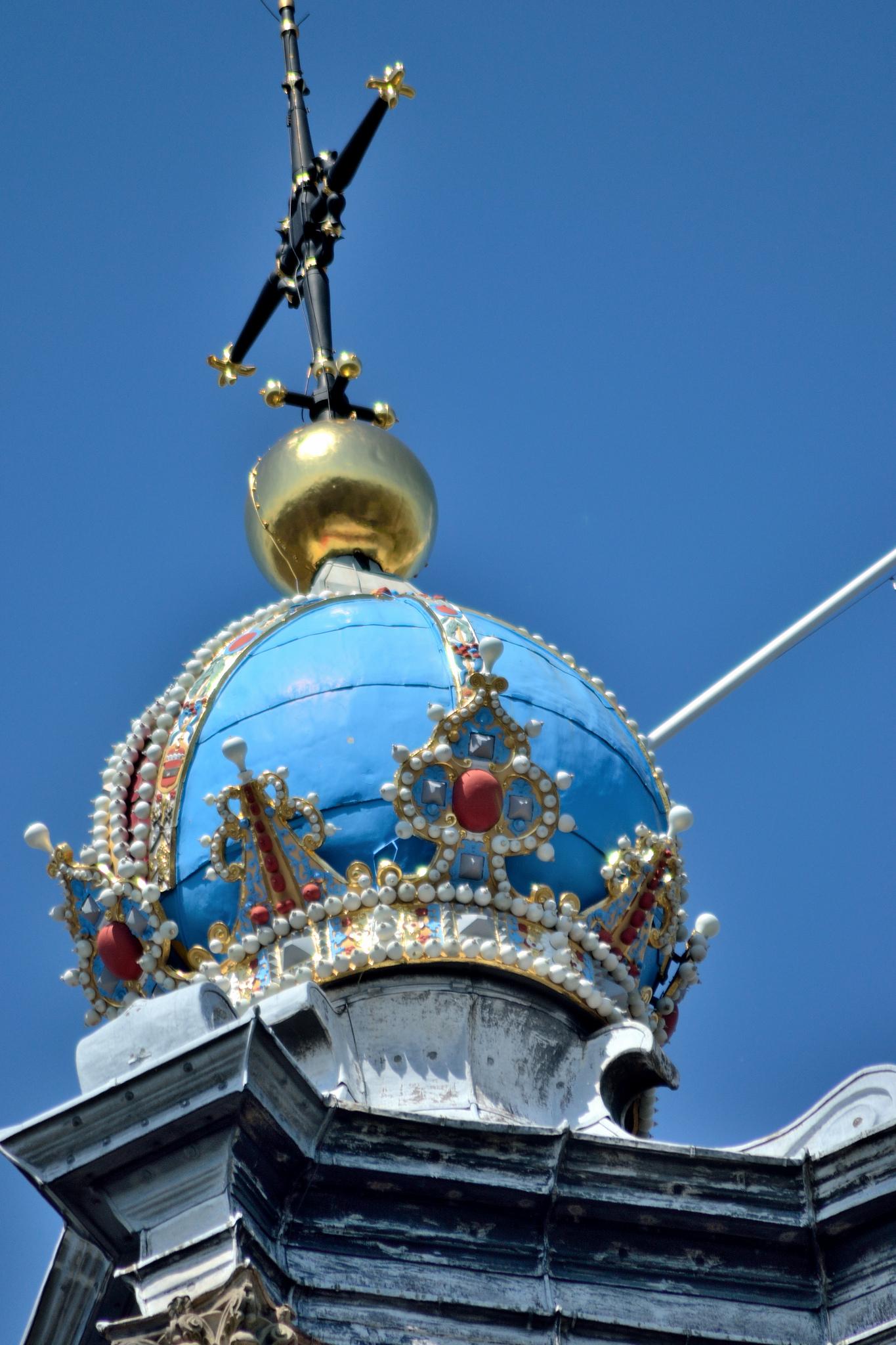 Вестеркерк, модель короны Австрийской империи на верхушке башни