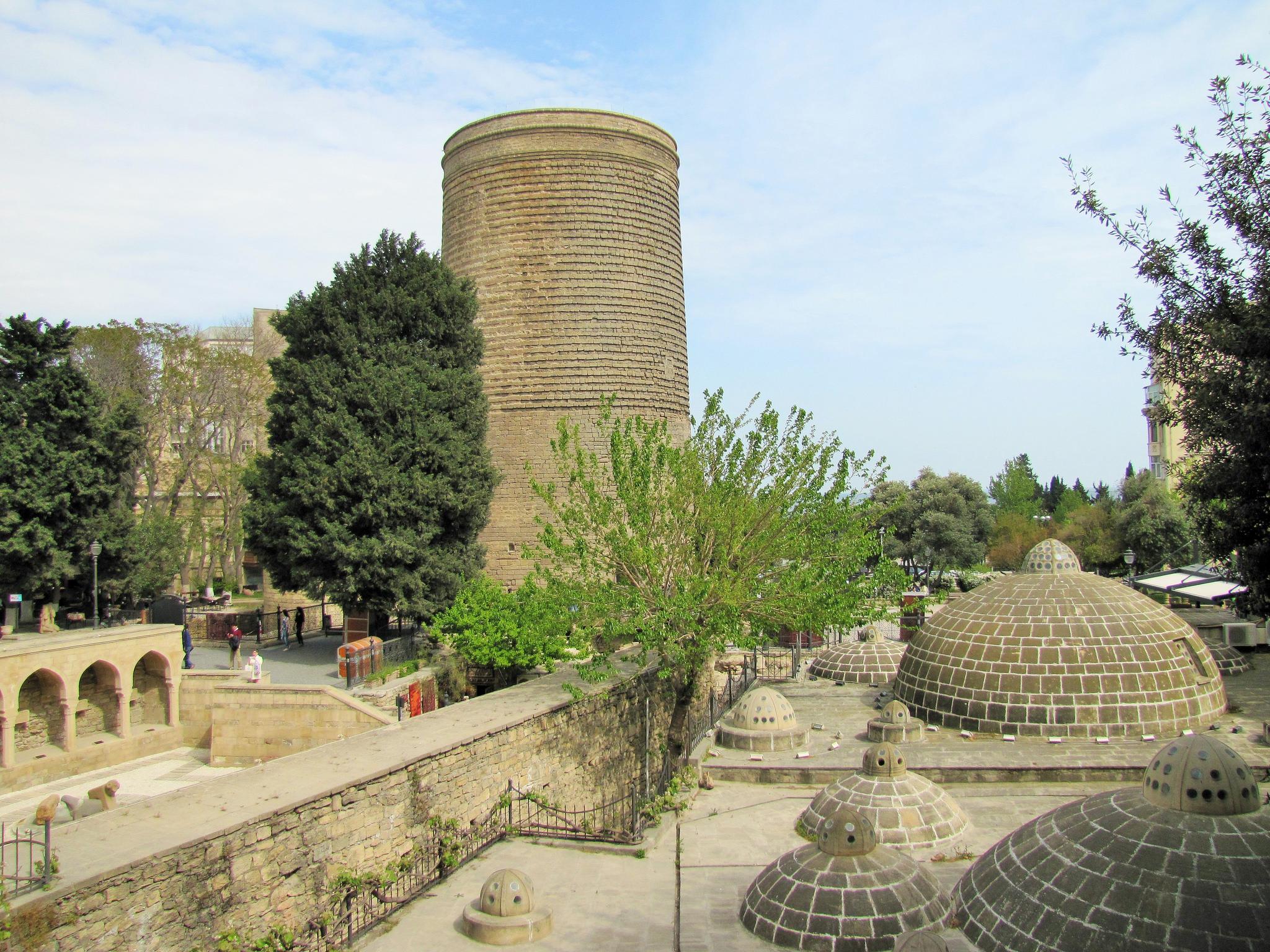 Вид на Девичью башню, Баку