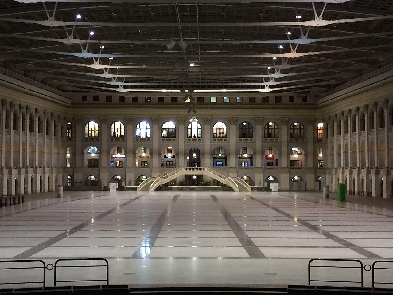 Внутренний зал Гостиного двора