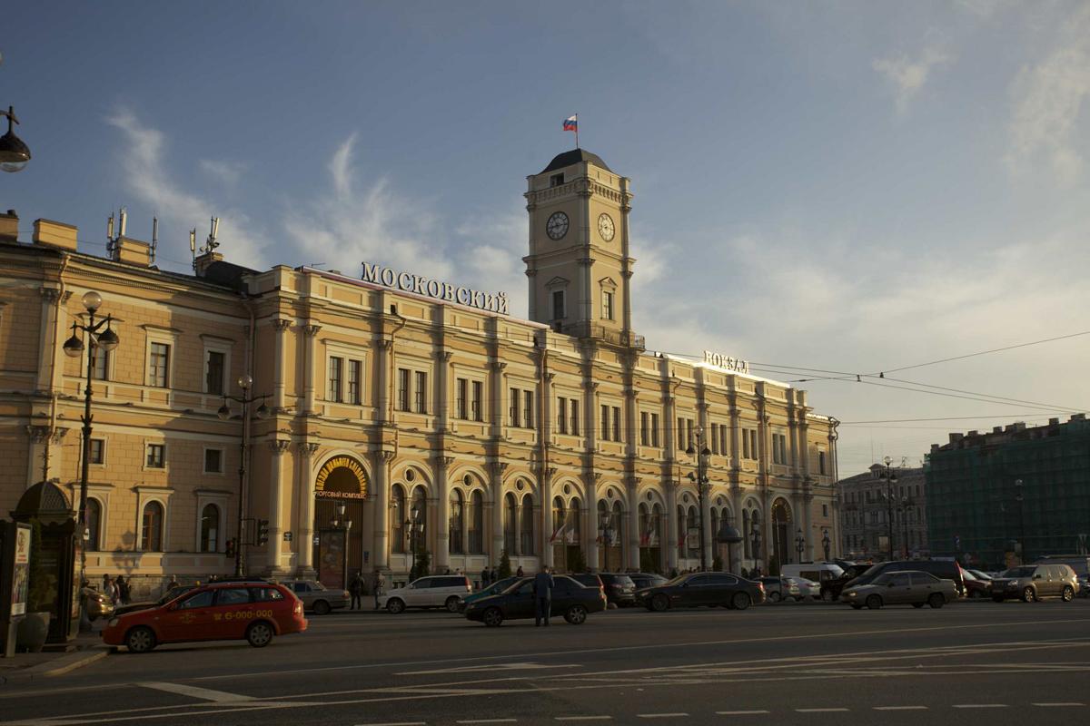 Московсий вокзал Санкт-Петербурга