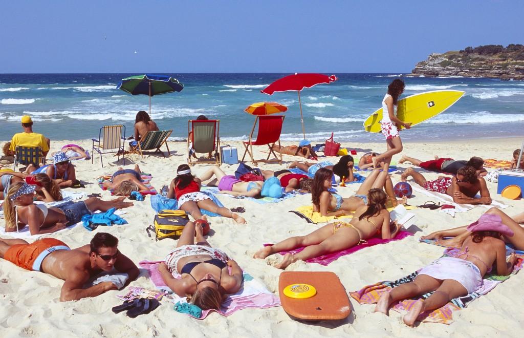 Отдыхающие на пляже Сиднея