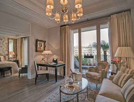 Palazzo Parigi Hotel & Grand Spa.jpg