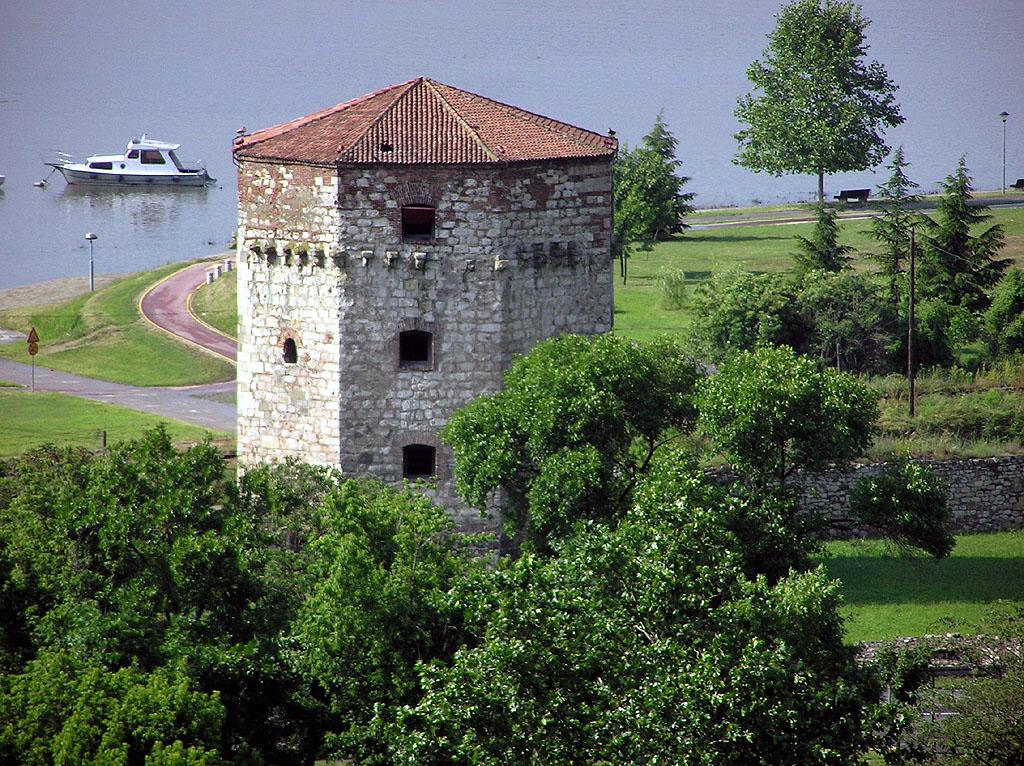 Белградская крепость, башня Небойша