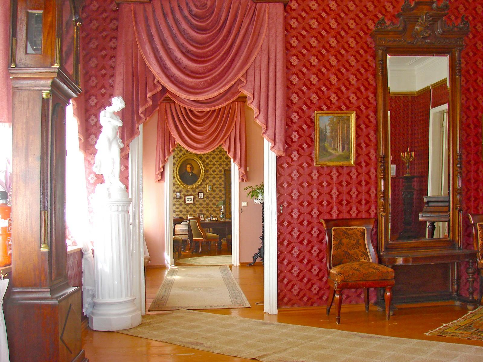 Дом-музей И. И. Шишкина, парадная анфилада комнат