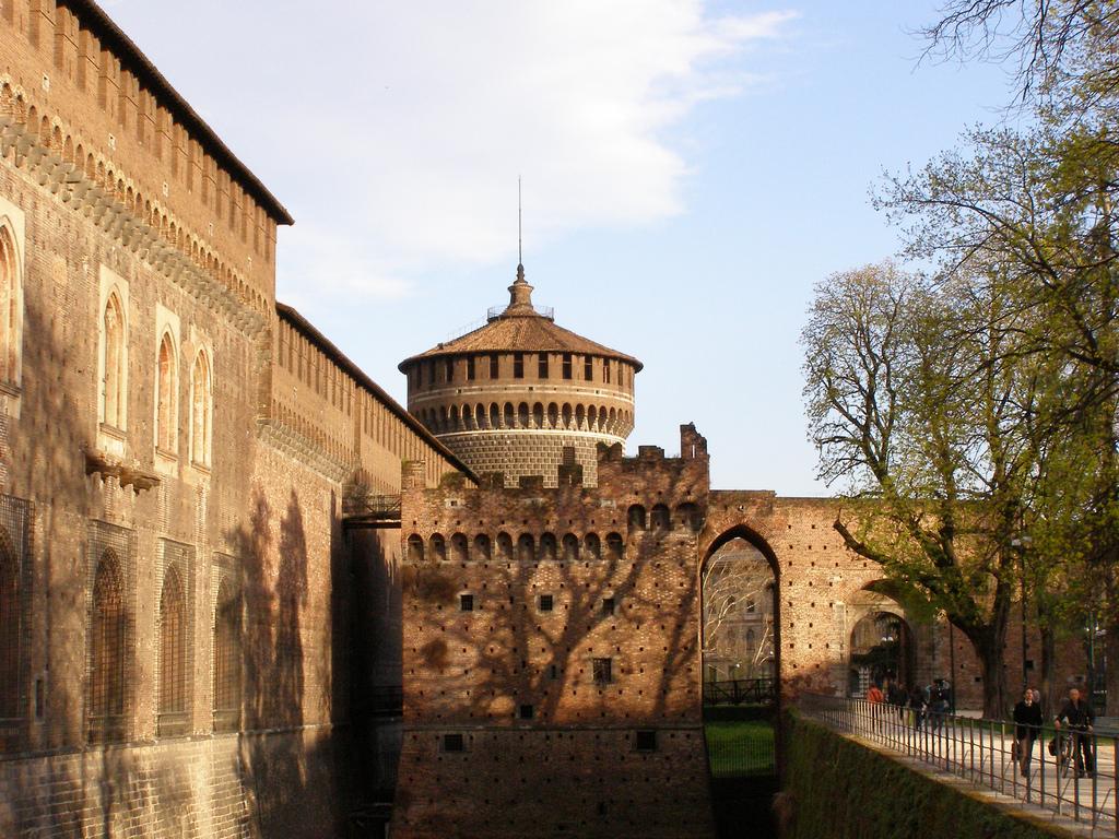 Замок Сфорца, Милан