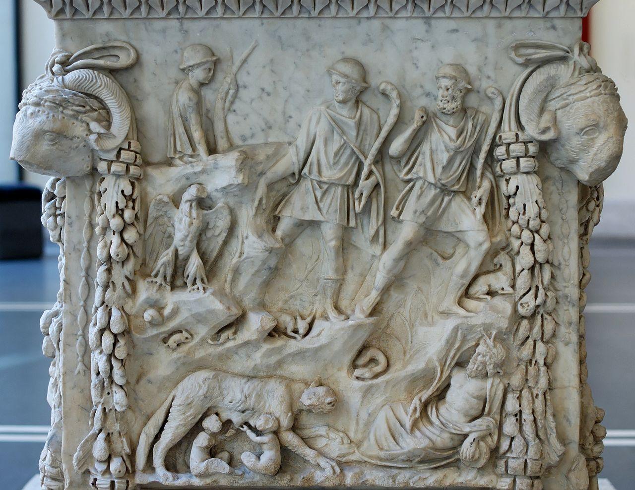 Национальный музей Рима, алтарь Ромула и Рема в палаццо Массимо