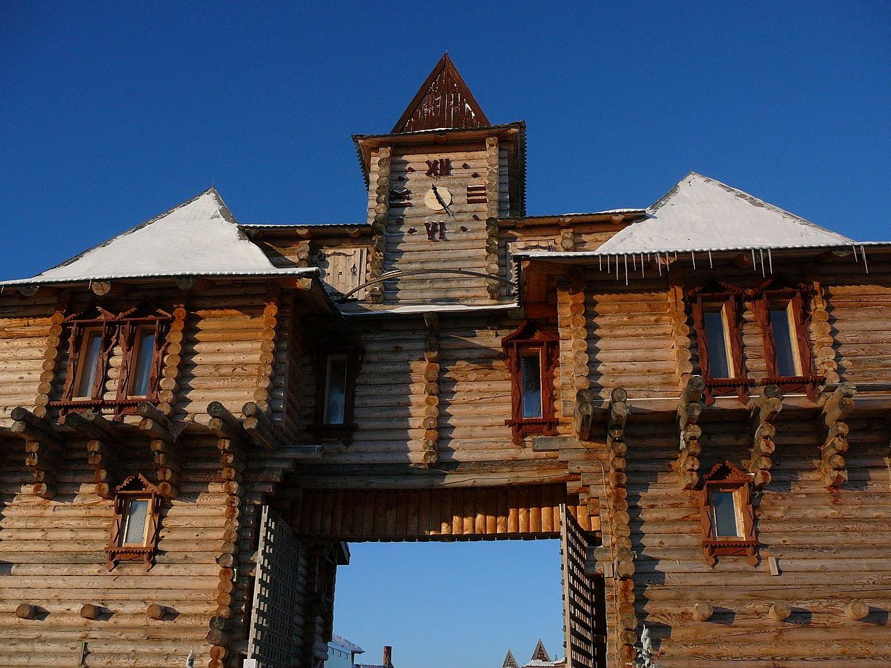 Вход в туристический комплекс Абалак