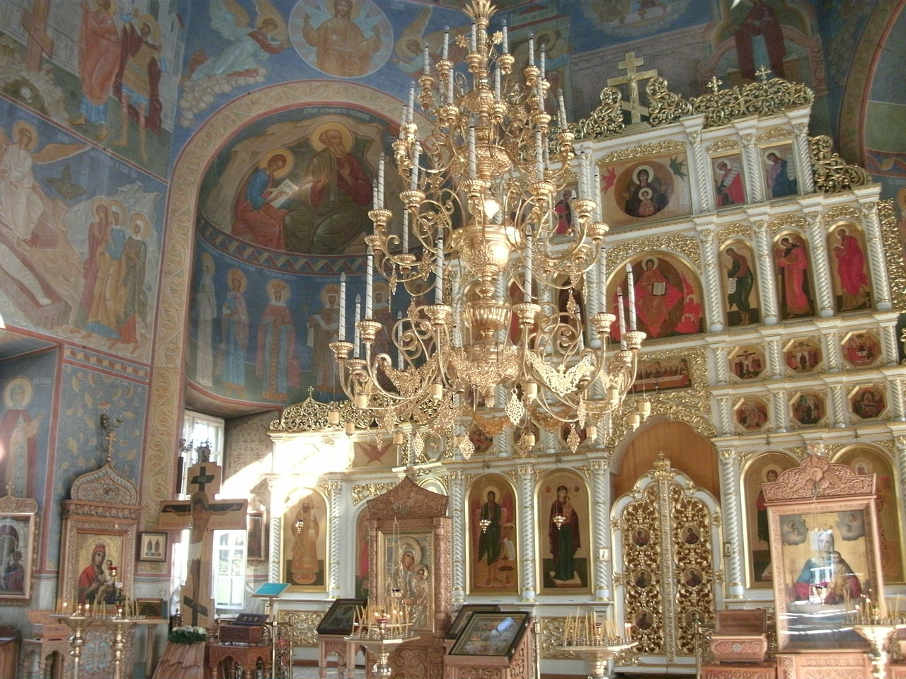 Алексиево-Акатов монастырь, интерьер