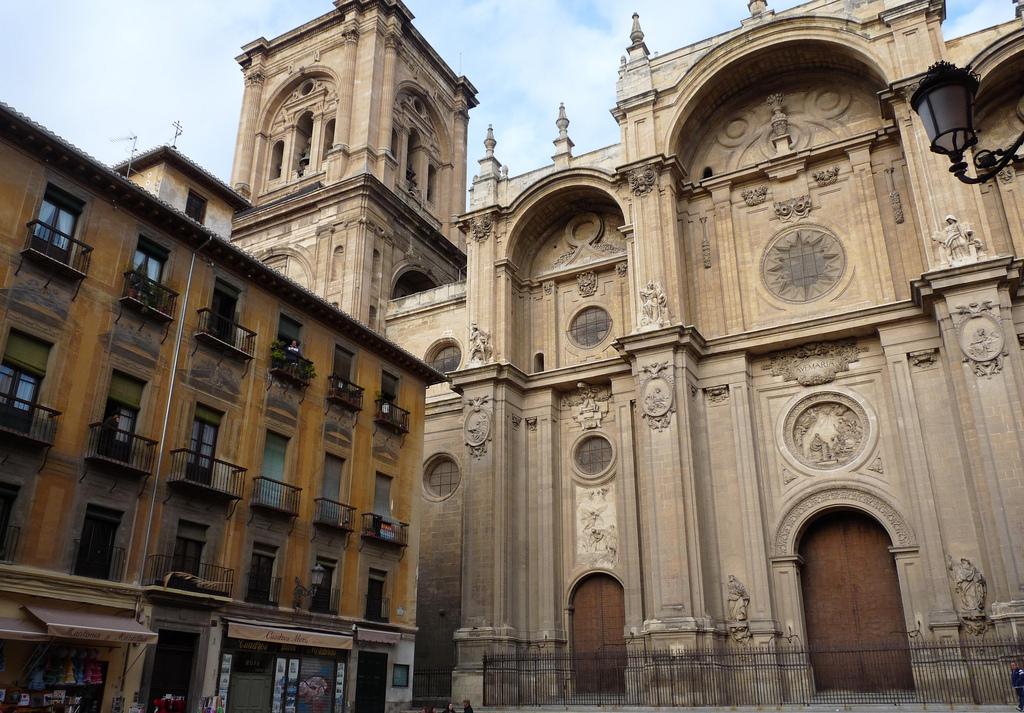 Кафедральный собор Гранады, фасад
