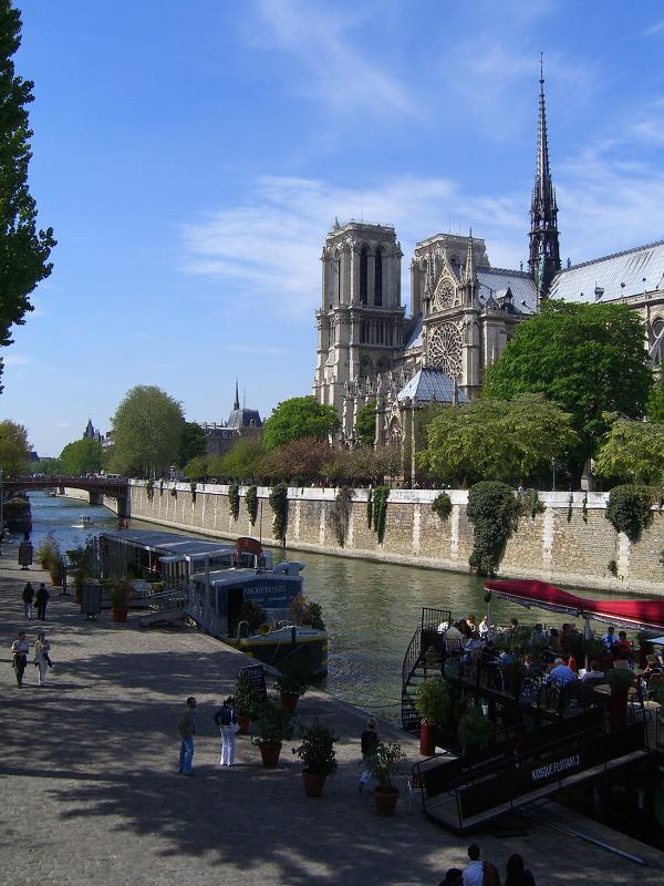 Нотр-Дам в Париже, Франция