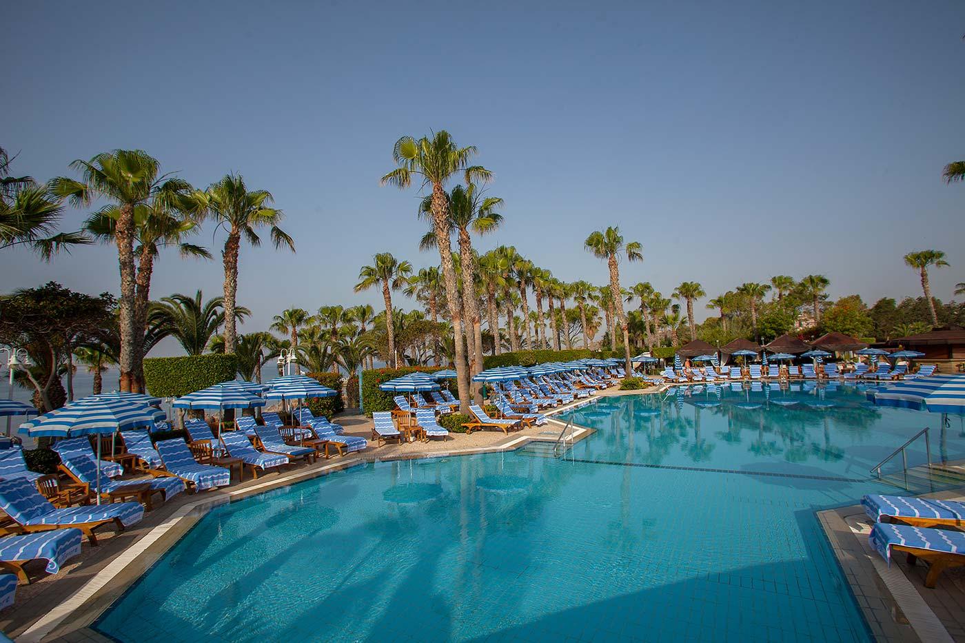 Limassol Grand Resort Hotel
