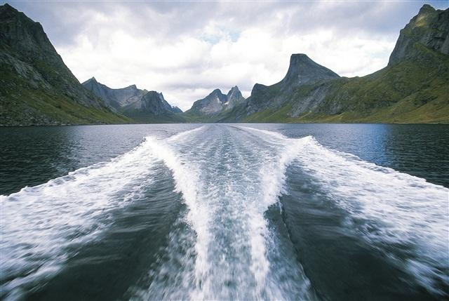 Kirkefjorden, Норвегия.jpg