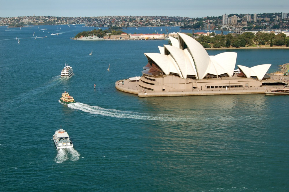 Вид на Сиднейский оперный театр, Сидней
