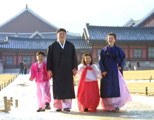 Корейские костюмы «ханбок».jpg