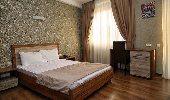 7 недорогих отелей в Тбилиси Hotel Gureli 2.jpg