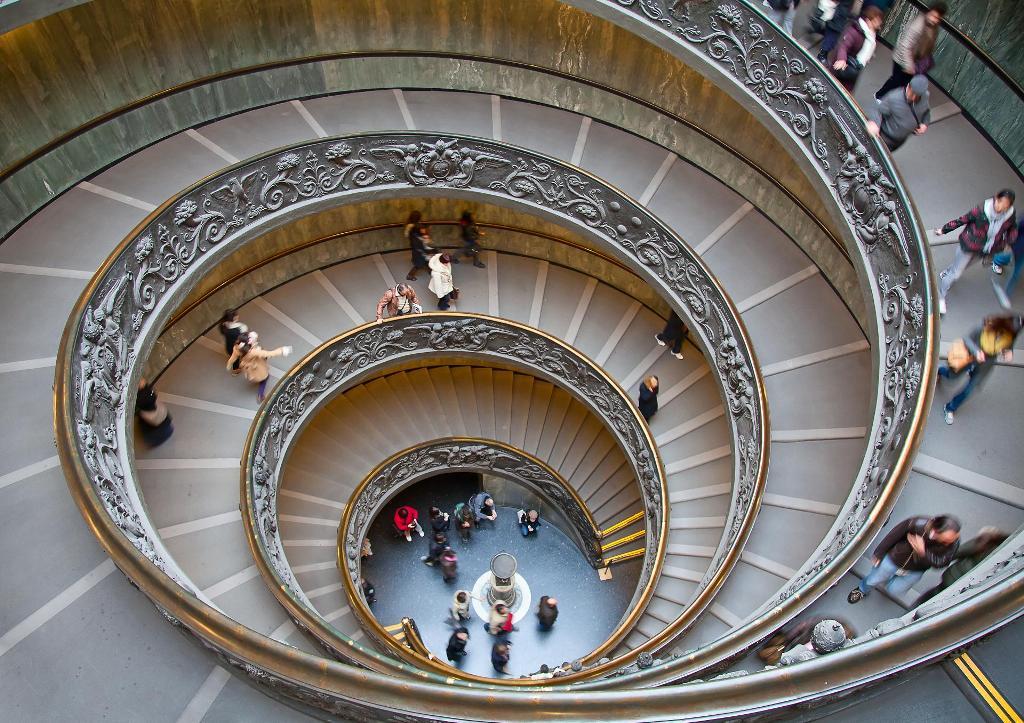 Двойная винтовая лестница в Ватикане
