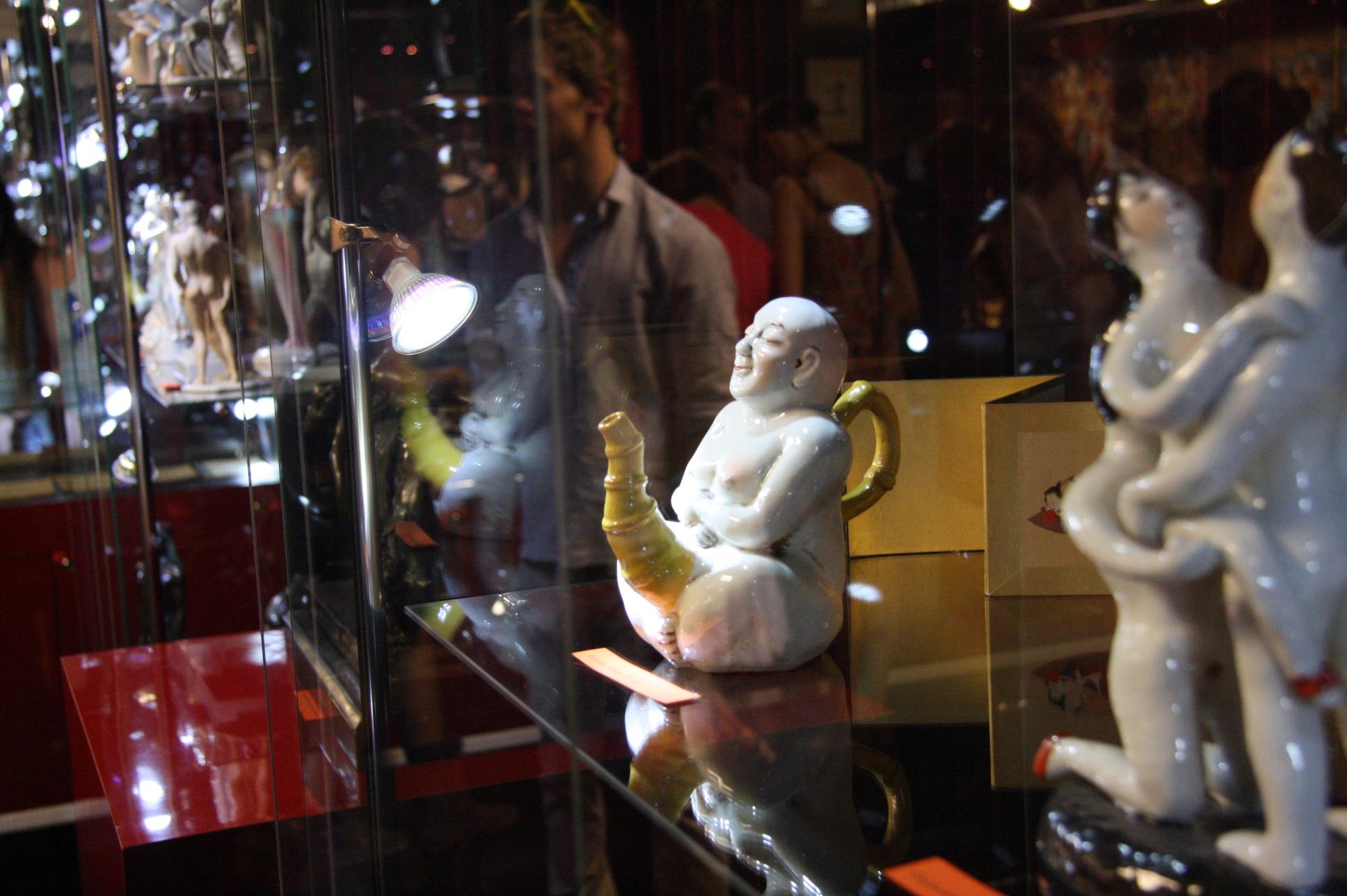музеи секса в париже