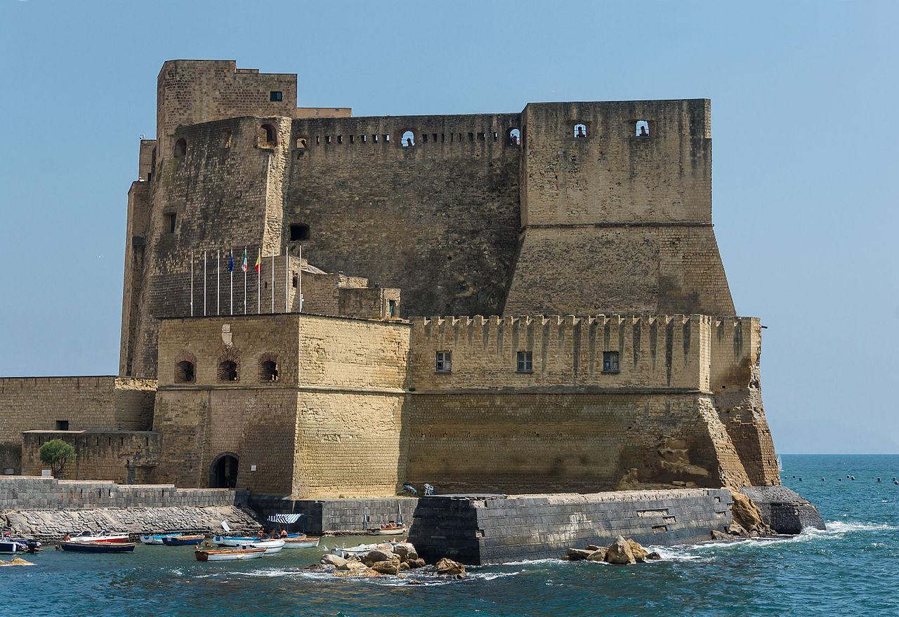 Кастель-дель-Ово, Неаполь