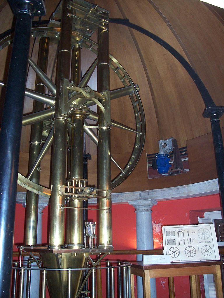 Палаццо-Норманни, астрономическая обсерватория