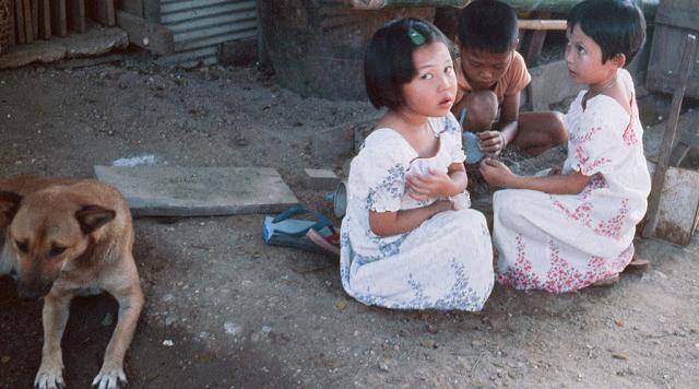 20 завораживающих фото, рассказывающих о жизни Таиланда в 70 B.jpg