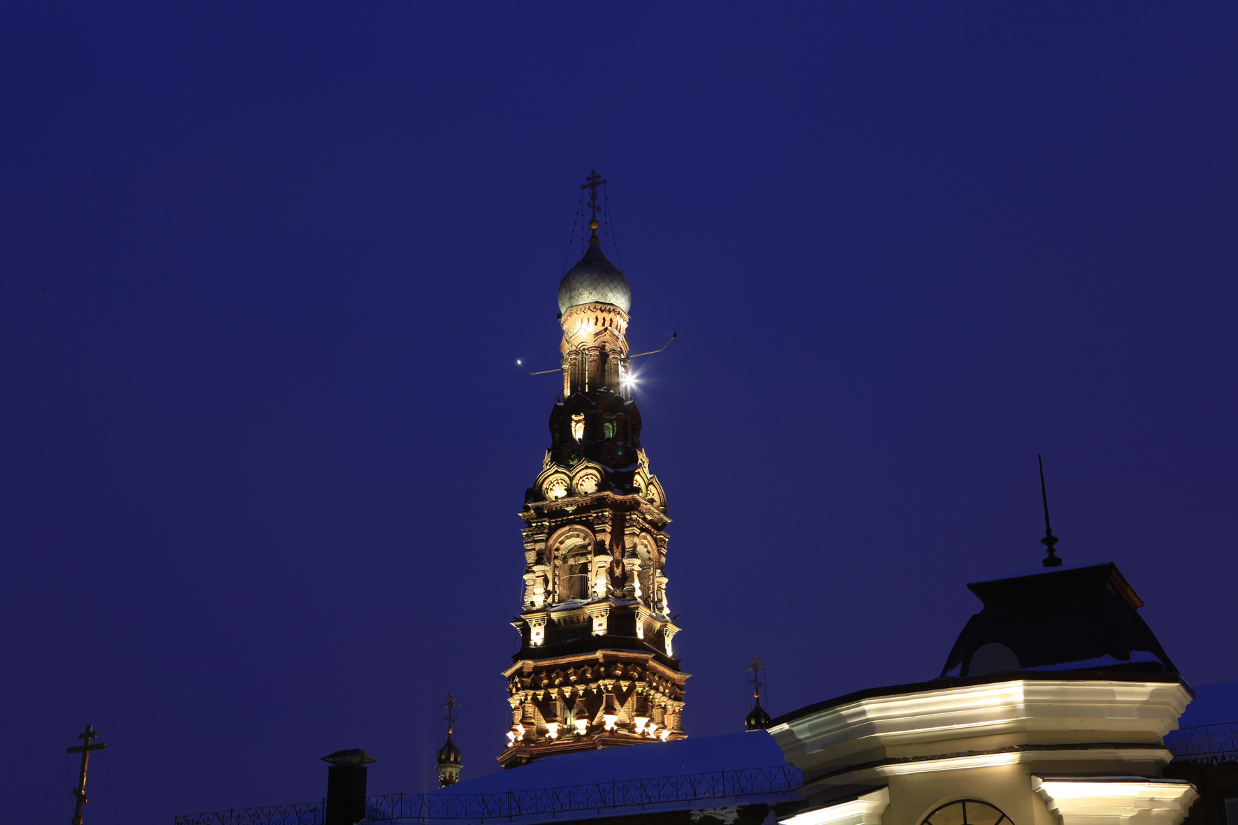 Богоявленский собор Казани, вид на колокольню