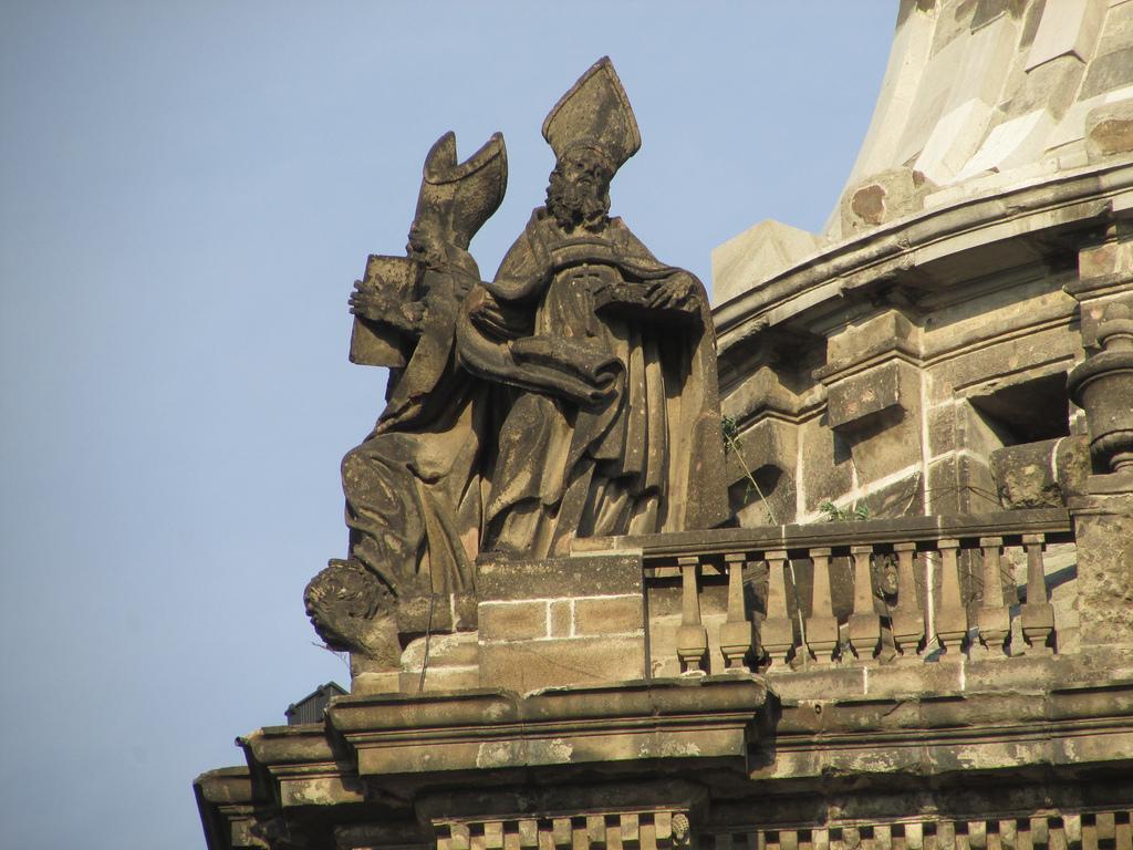 Кафедральный собор в Мехико, фрагмент крыши