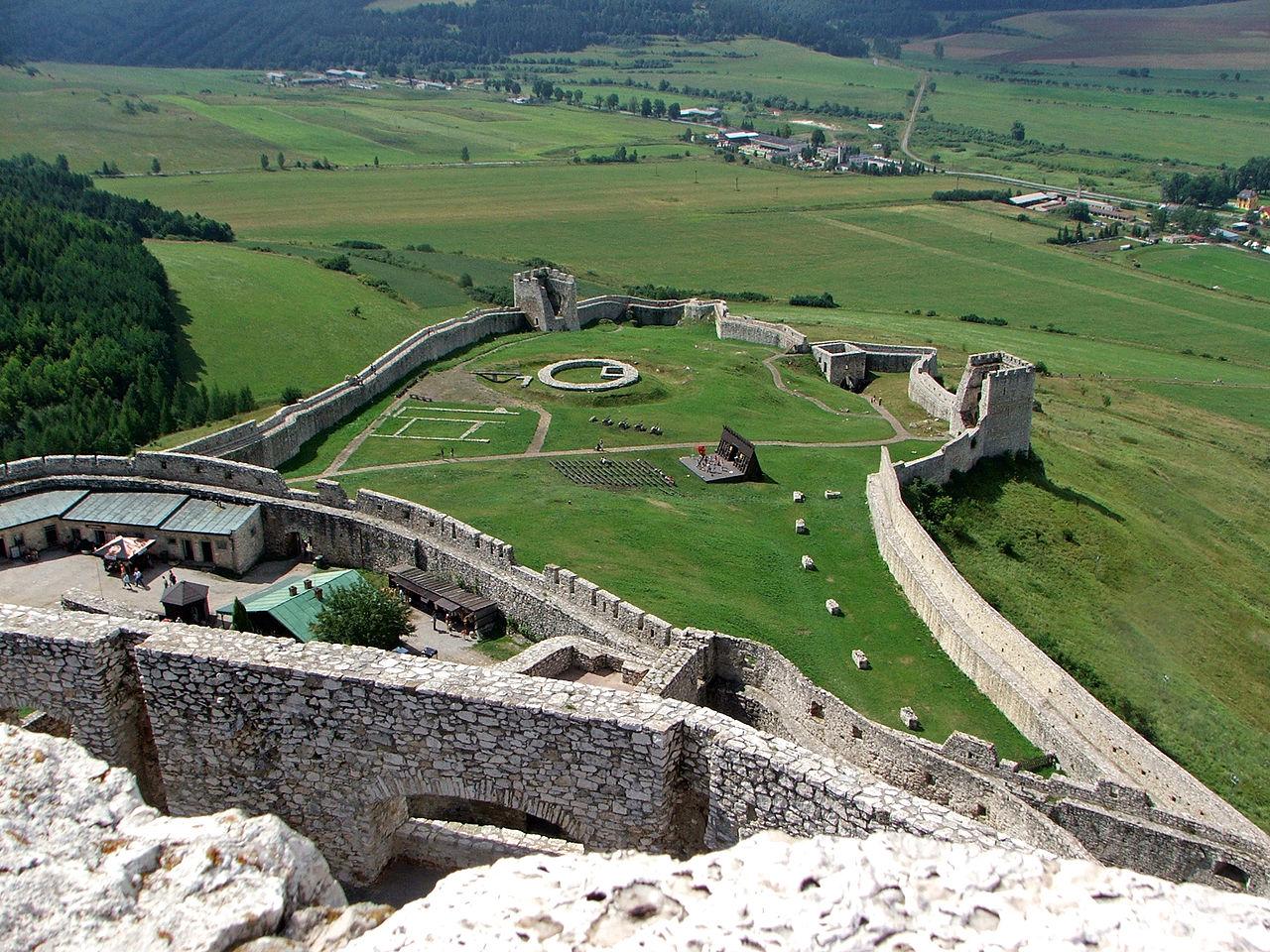 Спишский замок, Нижний Град