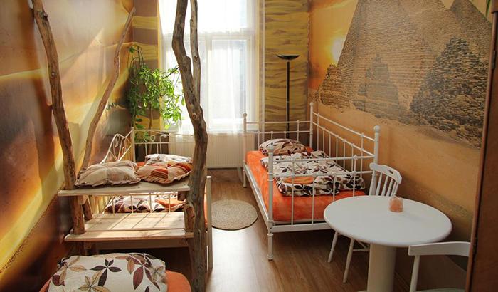 5 симпатичных и недорогих отелей в Праге ArtHarmony Pension 2.jpg