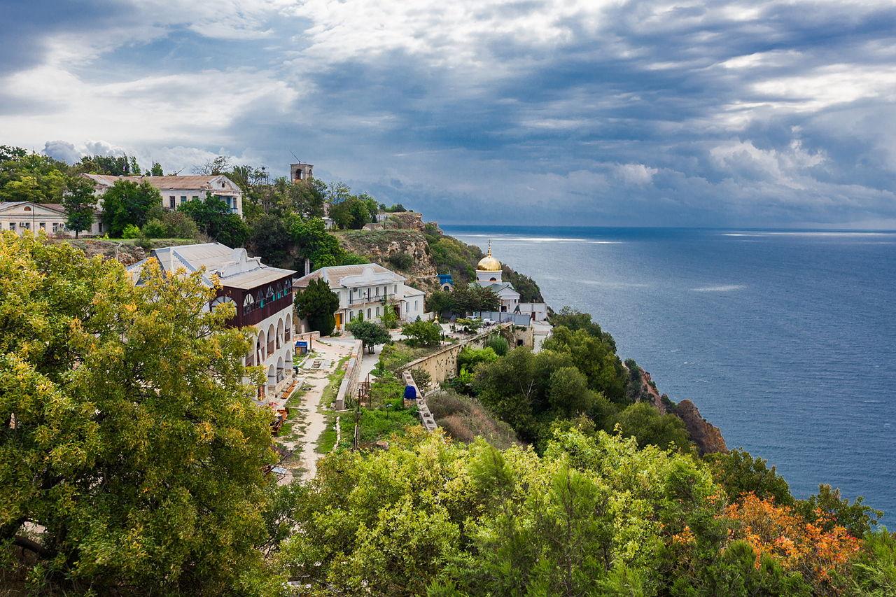 Вид на Балаклавский Свято-Георгиевский монастырь