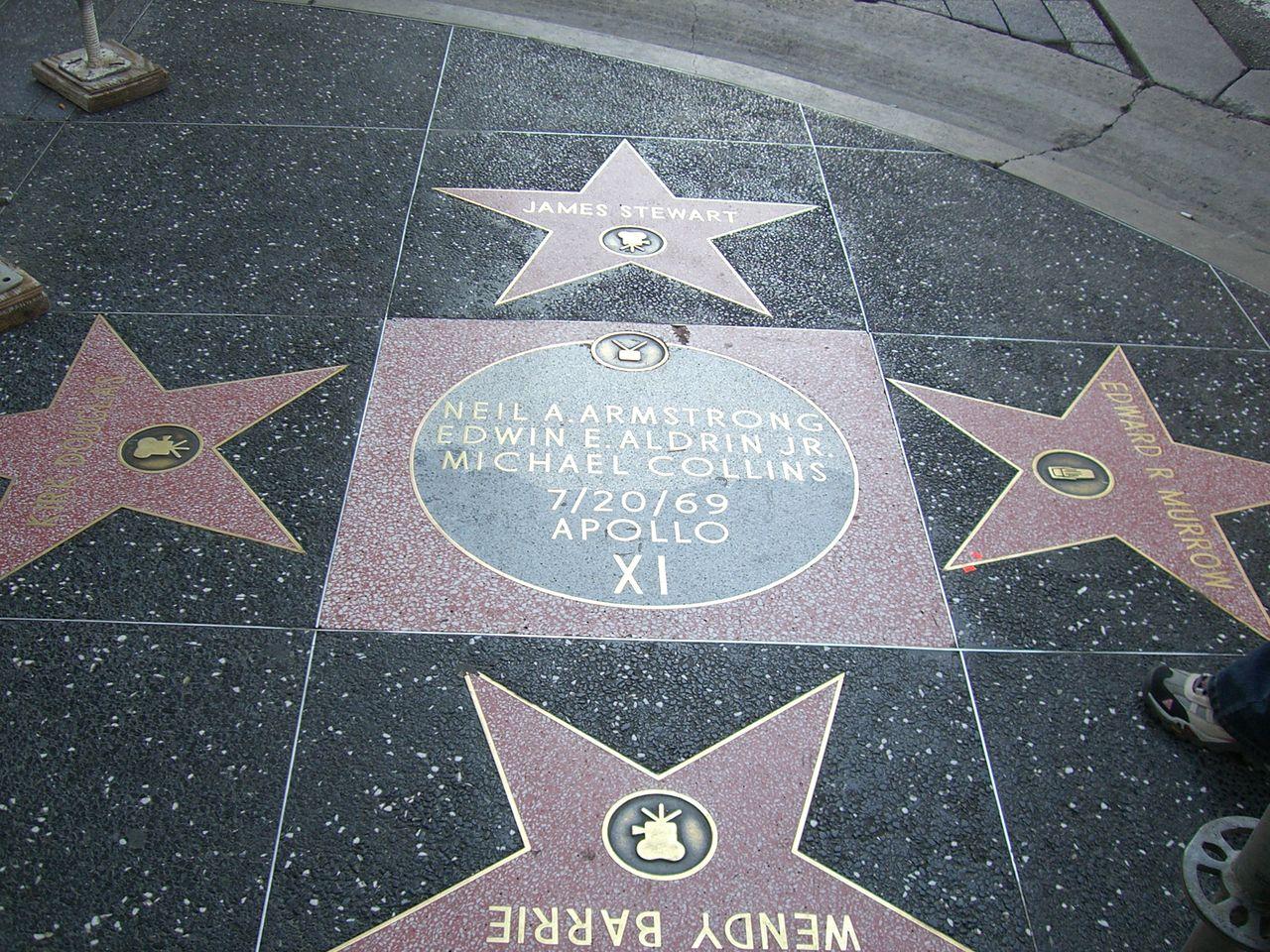 Аллея славы Голливуда, знак Миссия Аполлона 11